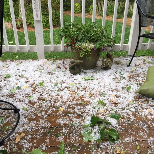 <div class='meta'><div class='origin-logo' data-origin='WTVD'></div><span class='caption-text' data-credit='ABC11 Eyewitness'>Hail in Raleigh.</span></div>