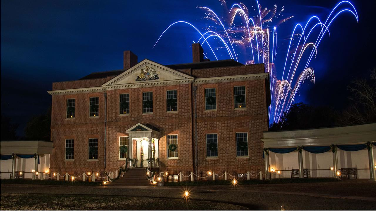 Fireworks at Tryon Palace in New Bern