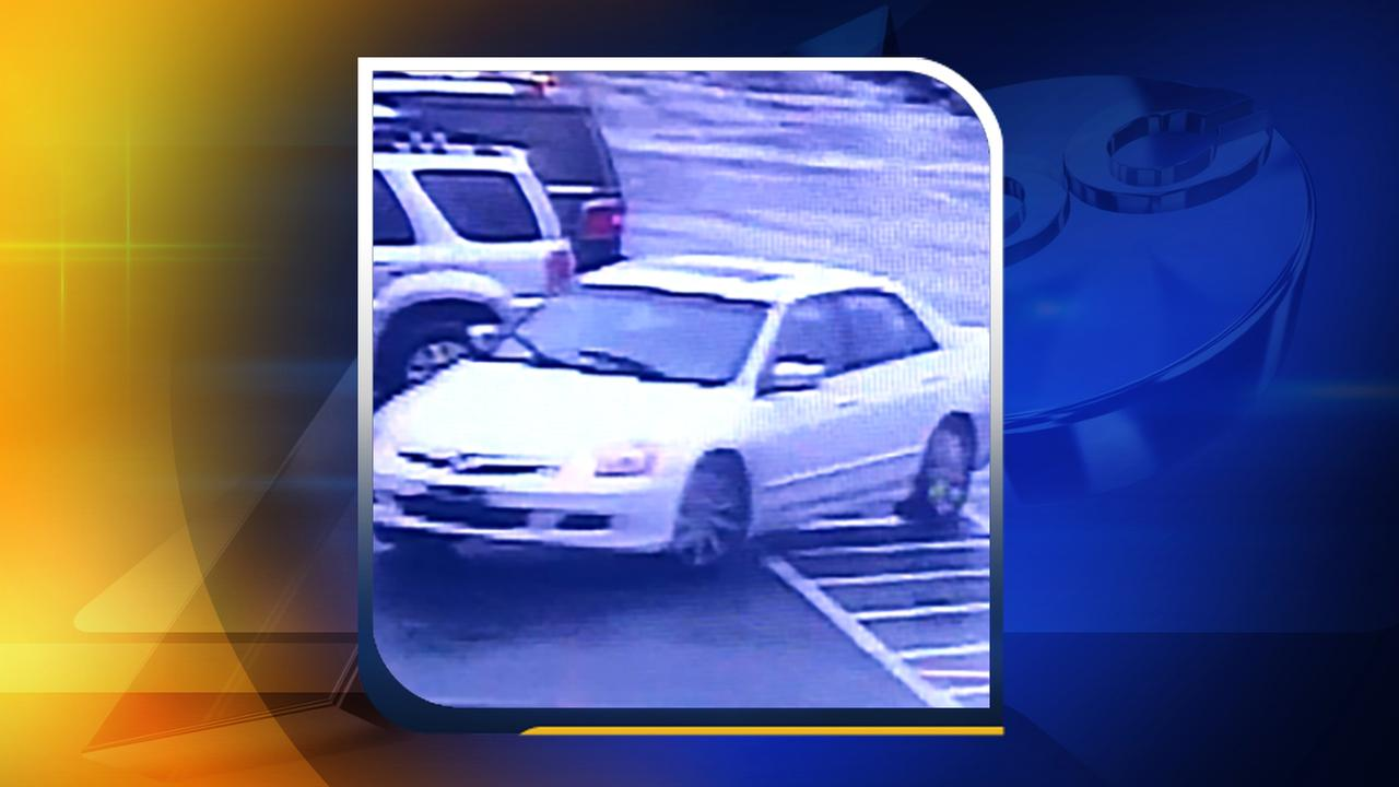 Car involved in one purse-snatching incident.