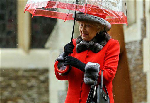 "<div class=""meta image-caption""><div class=""origin-logo origin-image none""><span>none</span></div><span class=""caption-text"">Britain's Queen Elizabeth II shelters under an umbrella after attending the British royal family's traditional Christmas Day church service in Sandringham, England.   (AP Photo/ Matt Dunham)</span></div>"