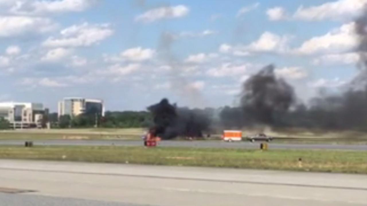 Official: Pilot dies in crash during performance at airshow