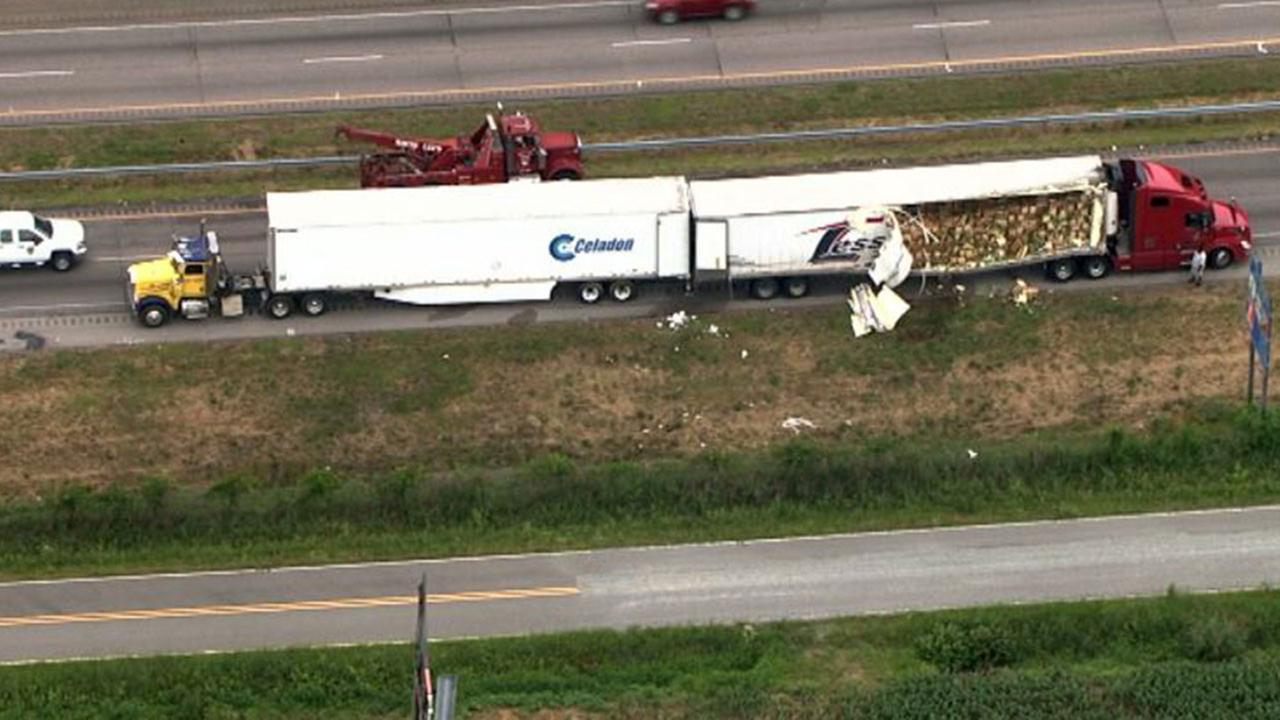 Images from Chopper 11 HD of the accident in Kenly Thursday morning