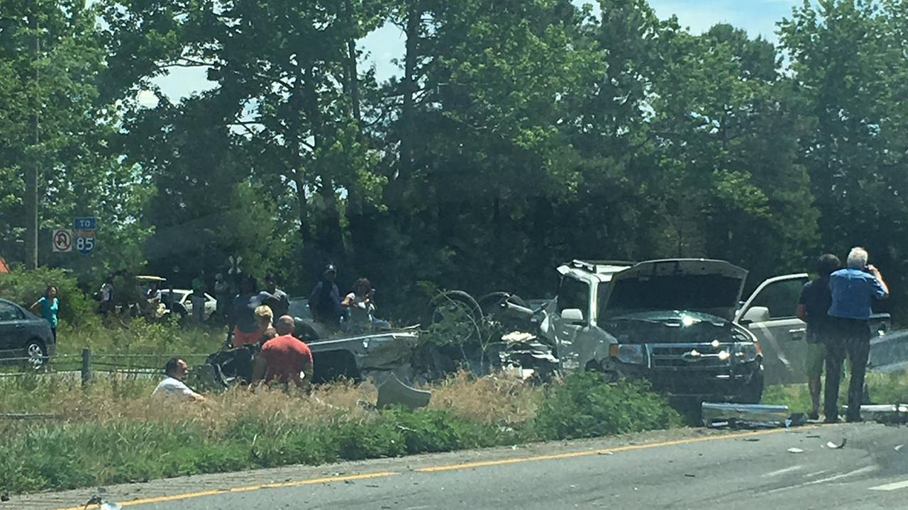 Photo from the scene of a 8 vehicle wreck on I-85 in Vance County