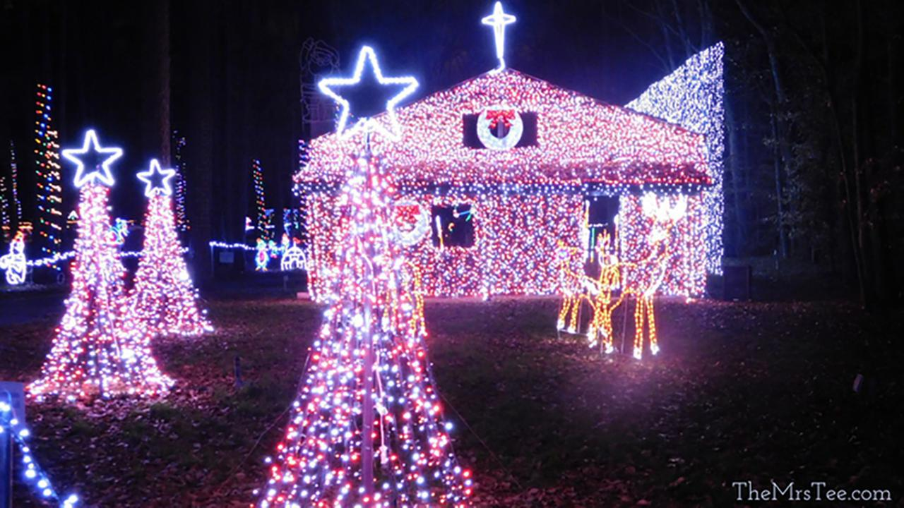 A well-lighted house at Christmas in the Park.http://themrstee.com/