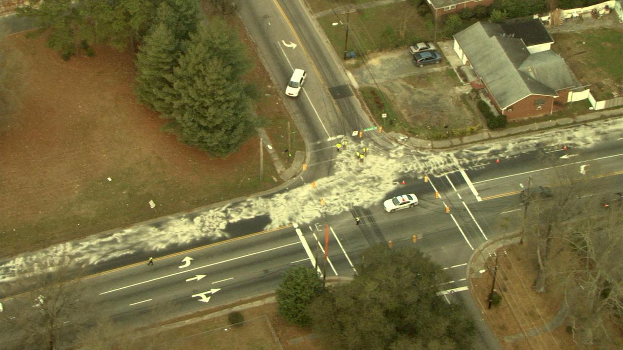 Large fuel spill on North Duke Street in Durham