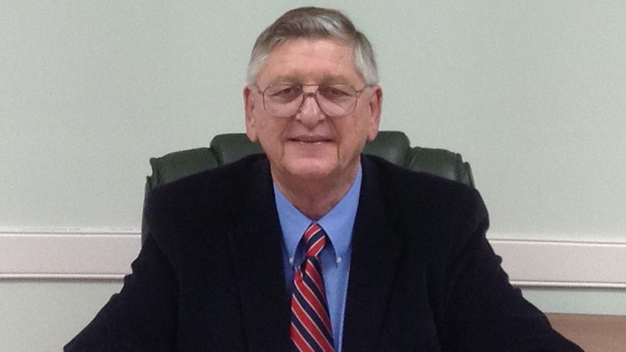 Mayor Craig Caster