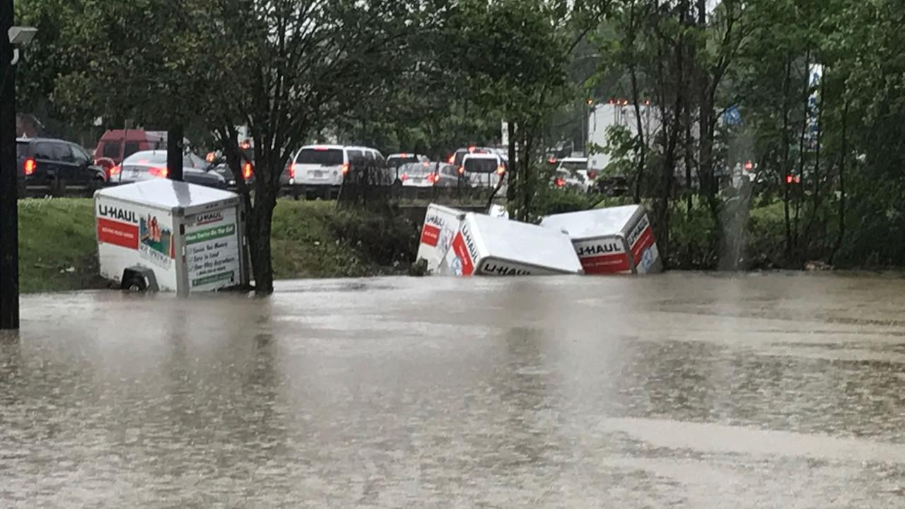 Flooding at a U-Haul dealership in Raleigh (WTVD photo Shawn Replogle)