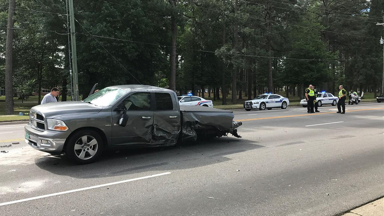 Authorities in Fayetteville closed part of Ramsey Street Wednesday morning due to a wreck involving six vehicles.