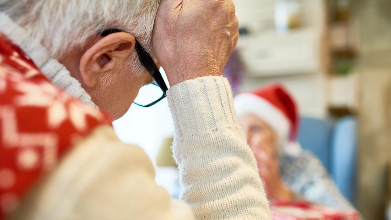 11 ways to manage caregiving stress during the holidays
