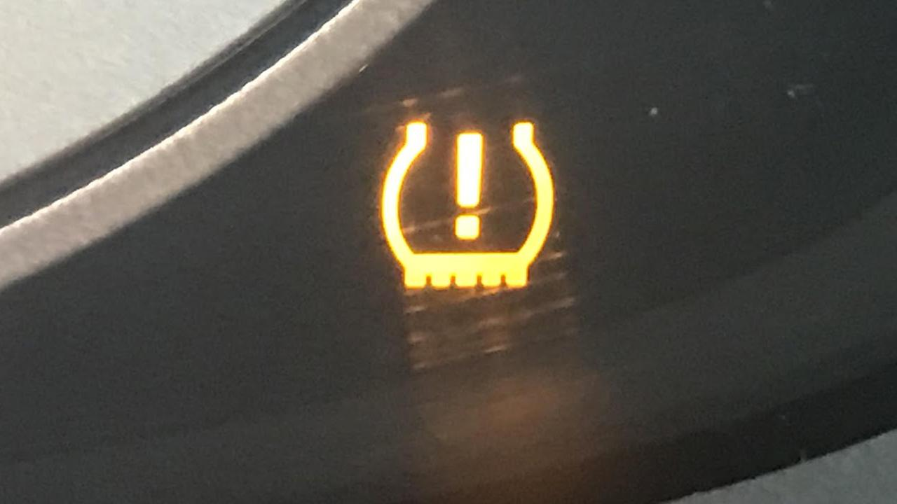 Why its bad to drive when your low tire pressure light is on