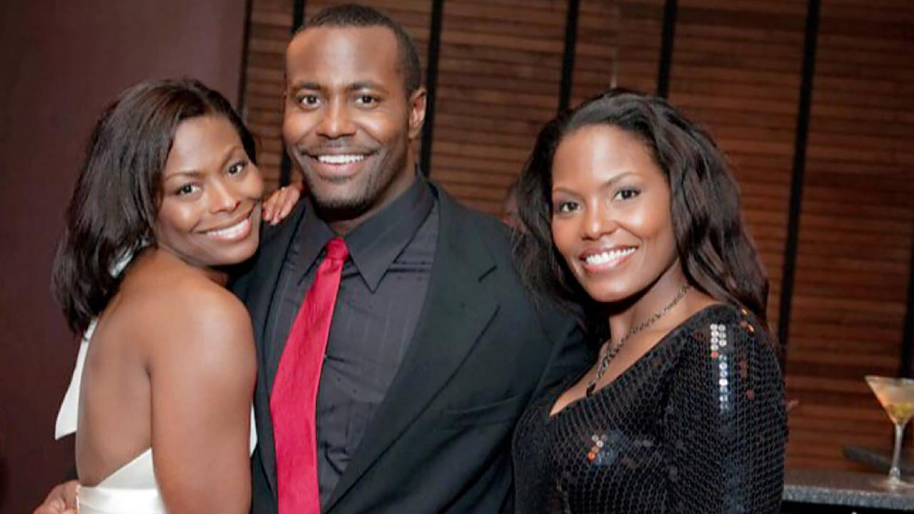 ABC11 anchor Tisha Power, right, with her older sister Nicole and younger brother Winndell.
