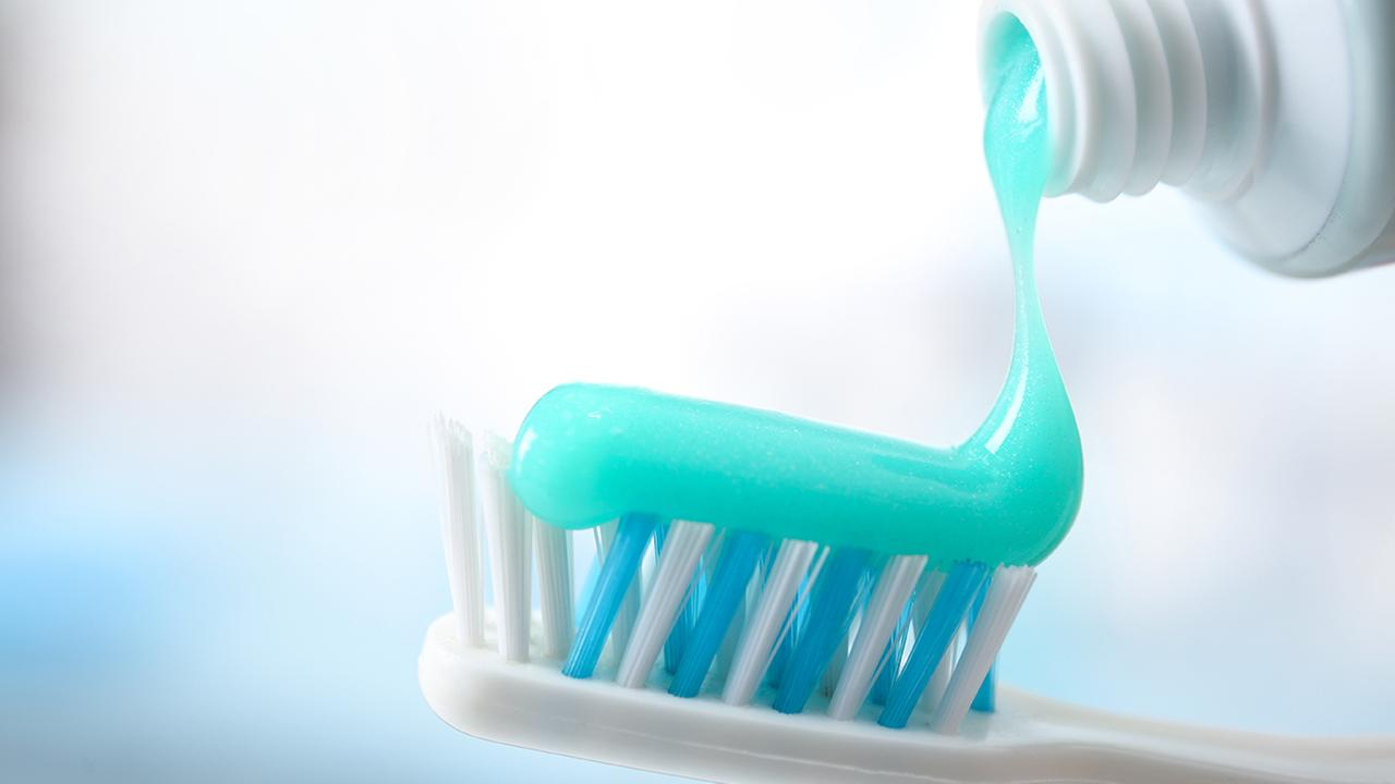 Common chemical in toothpaste linked to gut inflammation, cancer