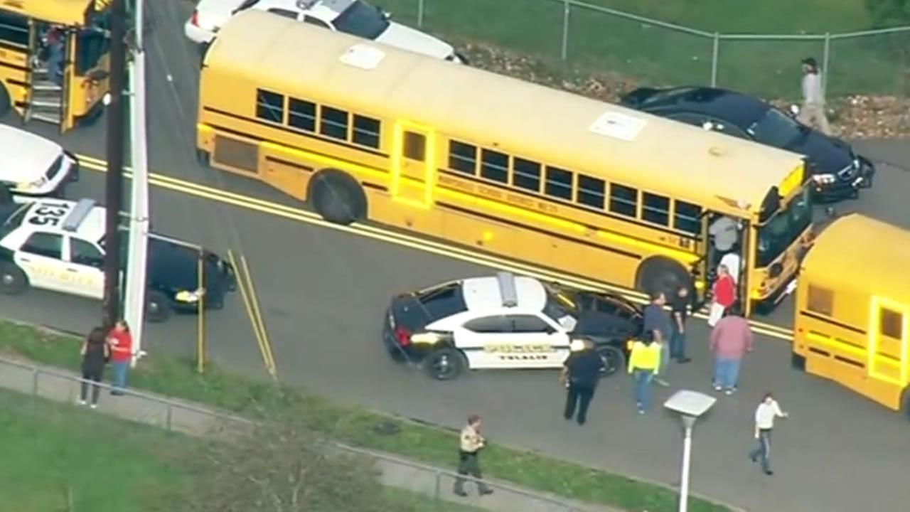 marysville high school shooting kphotos and slideshows school shooting