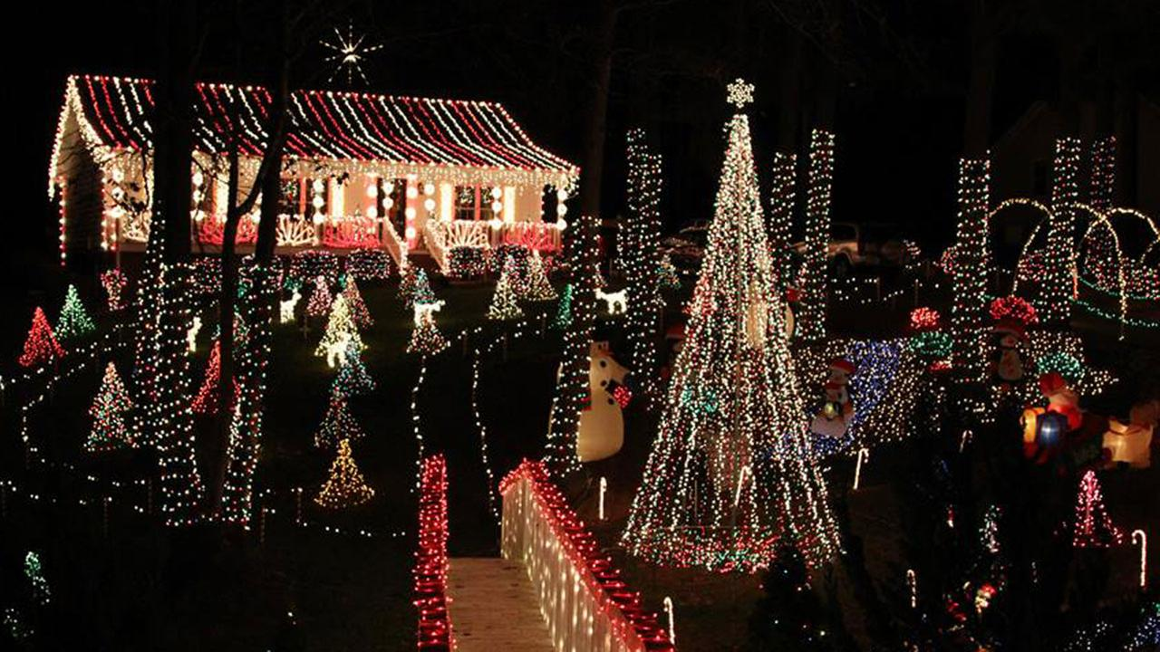 Guide to holiday lights and Christmas festivals in central N.C. ...