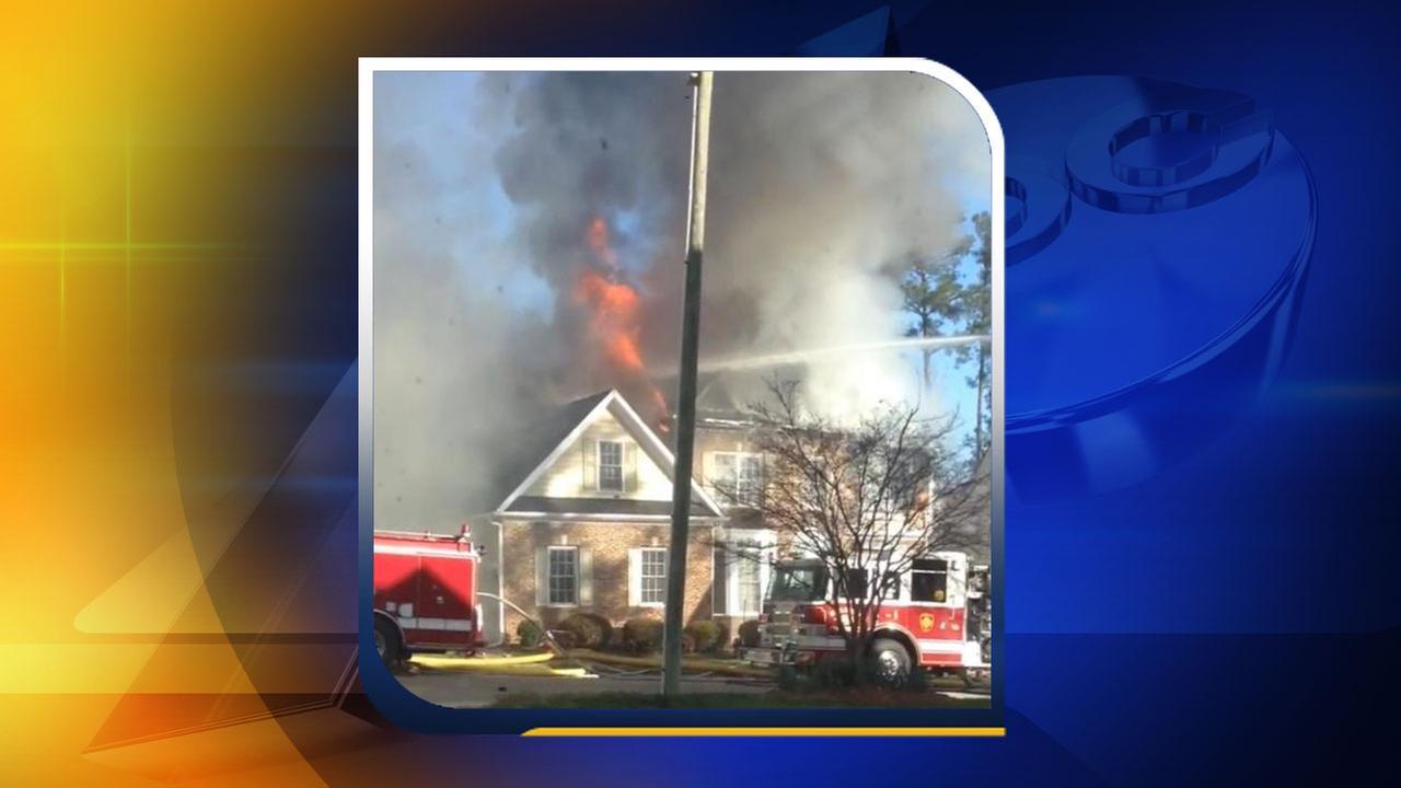Casland Drive fire (Courtesy: Deisy Pintos)