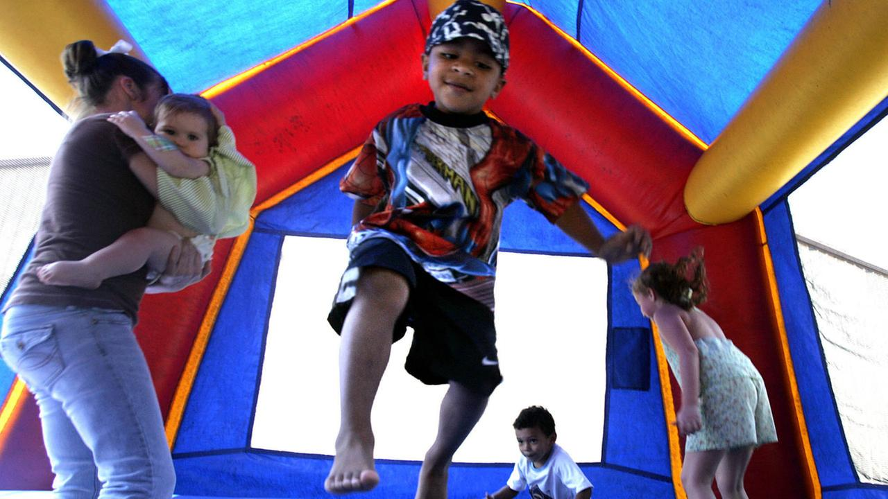 5 tips to prevent bounce house injuries