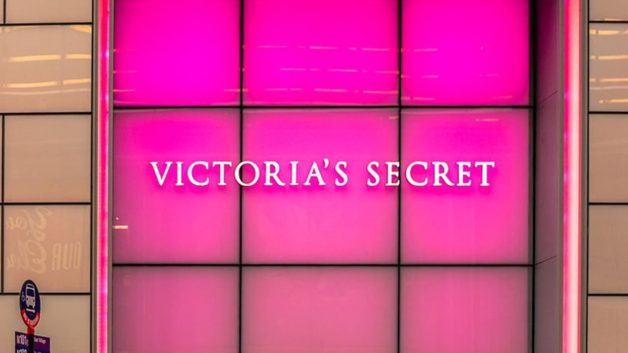 Victorias Secret Store 9, 722 Lexington Ave, New York, NY 10022, USA - Dec 2012