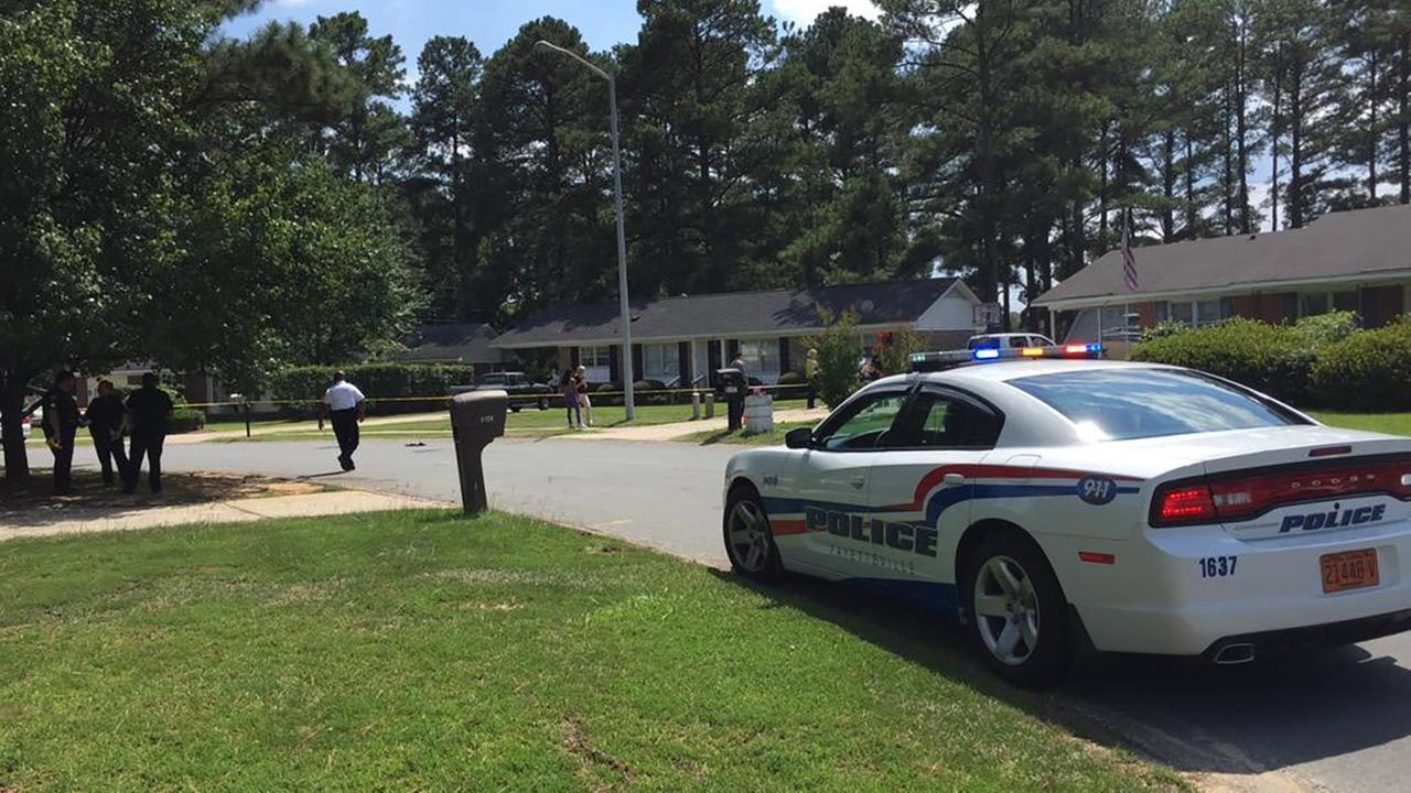 Fayetteville Police respond to reports of shooting