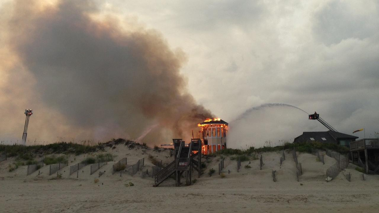 Image from an oceanfront fire on the Outer Banks