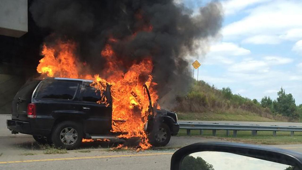 Suv Engulfed In Flames In Wake County Com