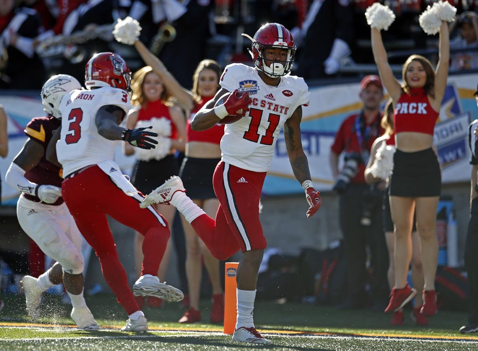 "<div class=""meta image-caption""><div class=""origin-logo origin-image ap""><span>AP</span></div><span class=""caption-text"">North Carolina State wide receiver Jacobi Meyers (11) scores a touchdown against Arizona State. (Andres Leighton)</span></div>"