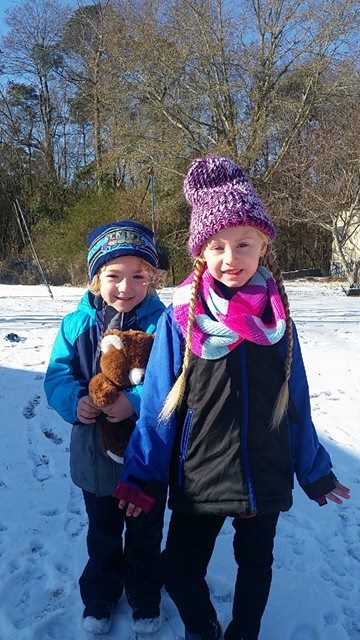<div class='meta'><div class='origin-logo' data-origin='none'></div><span class='caption-text' data-credit='Credit: Chanda Wheeler'>Kids enjoying the snow in Linden</span></div>