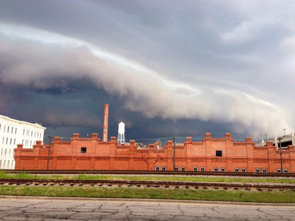 Thunderstorms roll through Durham <span class=meta>WTVD Photo/ I-Witness/Emily Rush</span>