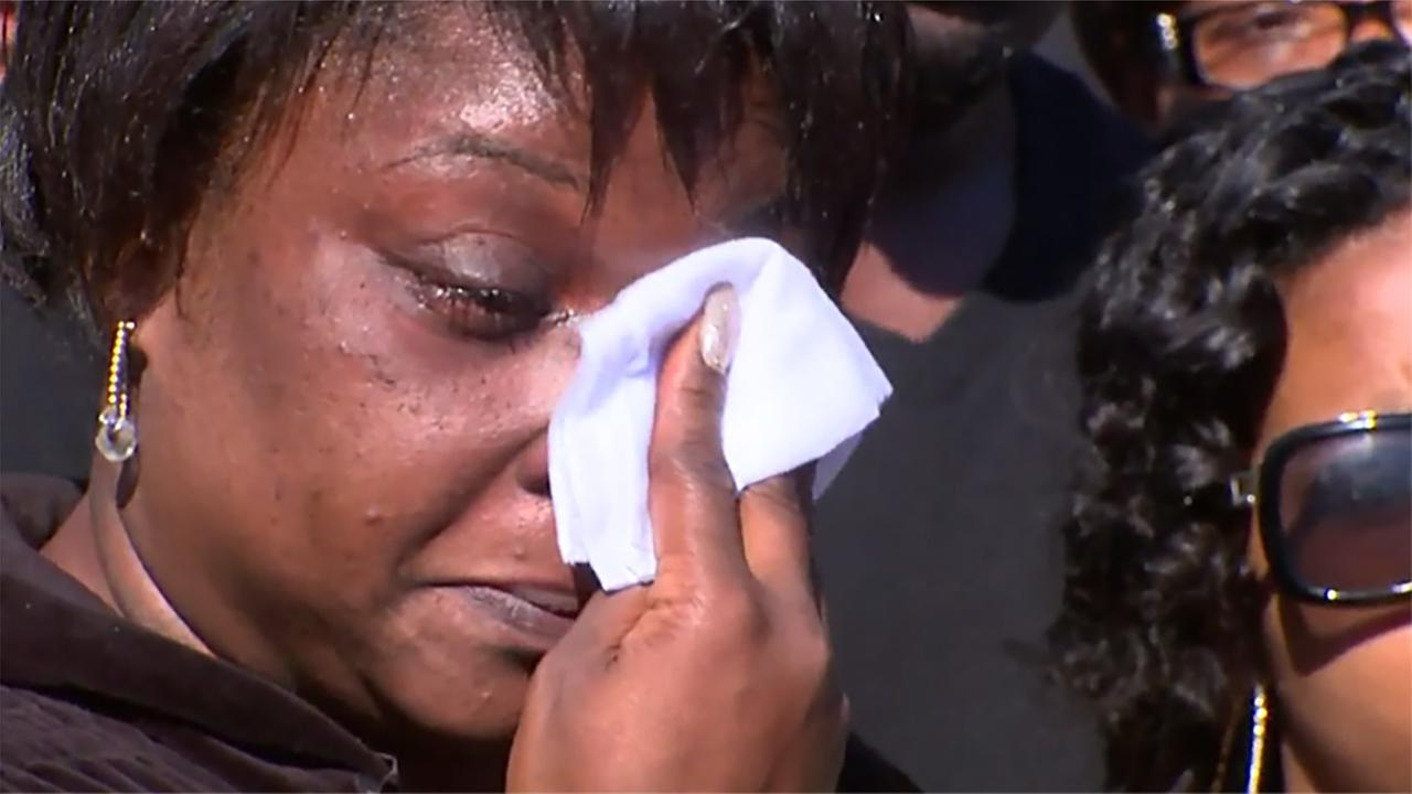 For the first time since the shooting, Akiel Denkins mother, Rolanda Byrd saw her sons body.