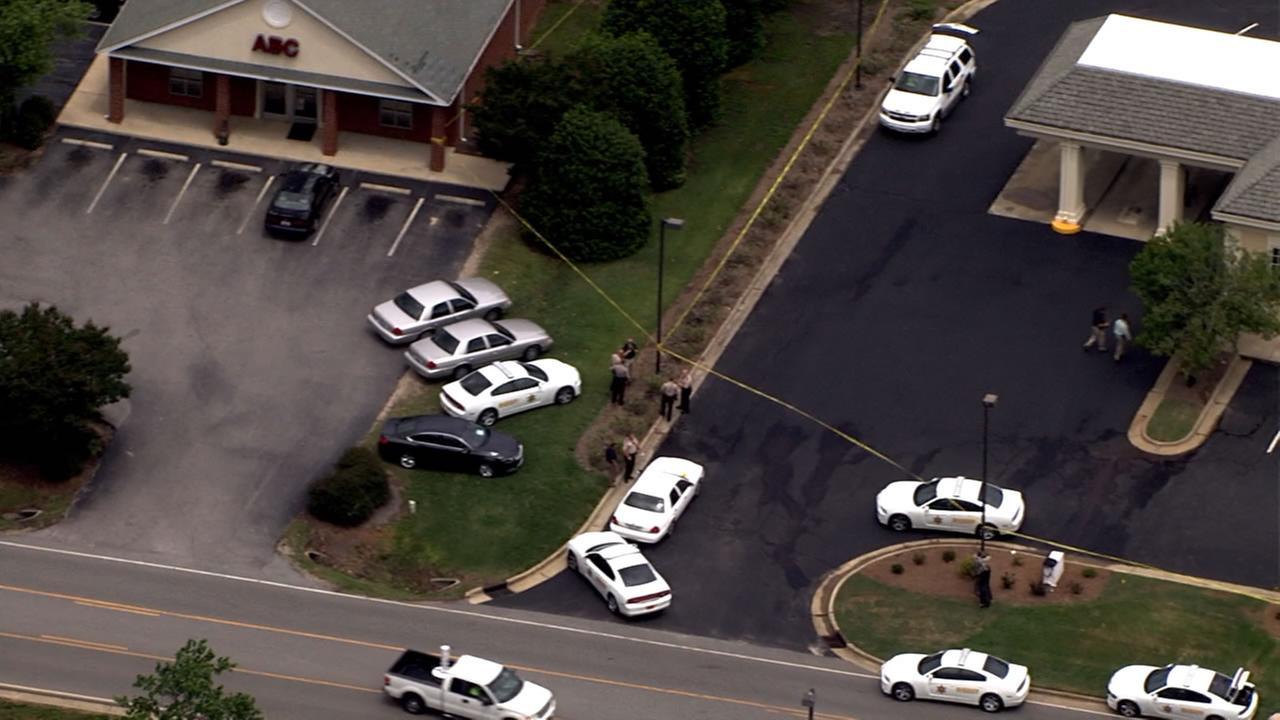 Deputies investigating bank robbery near Garner