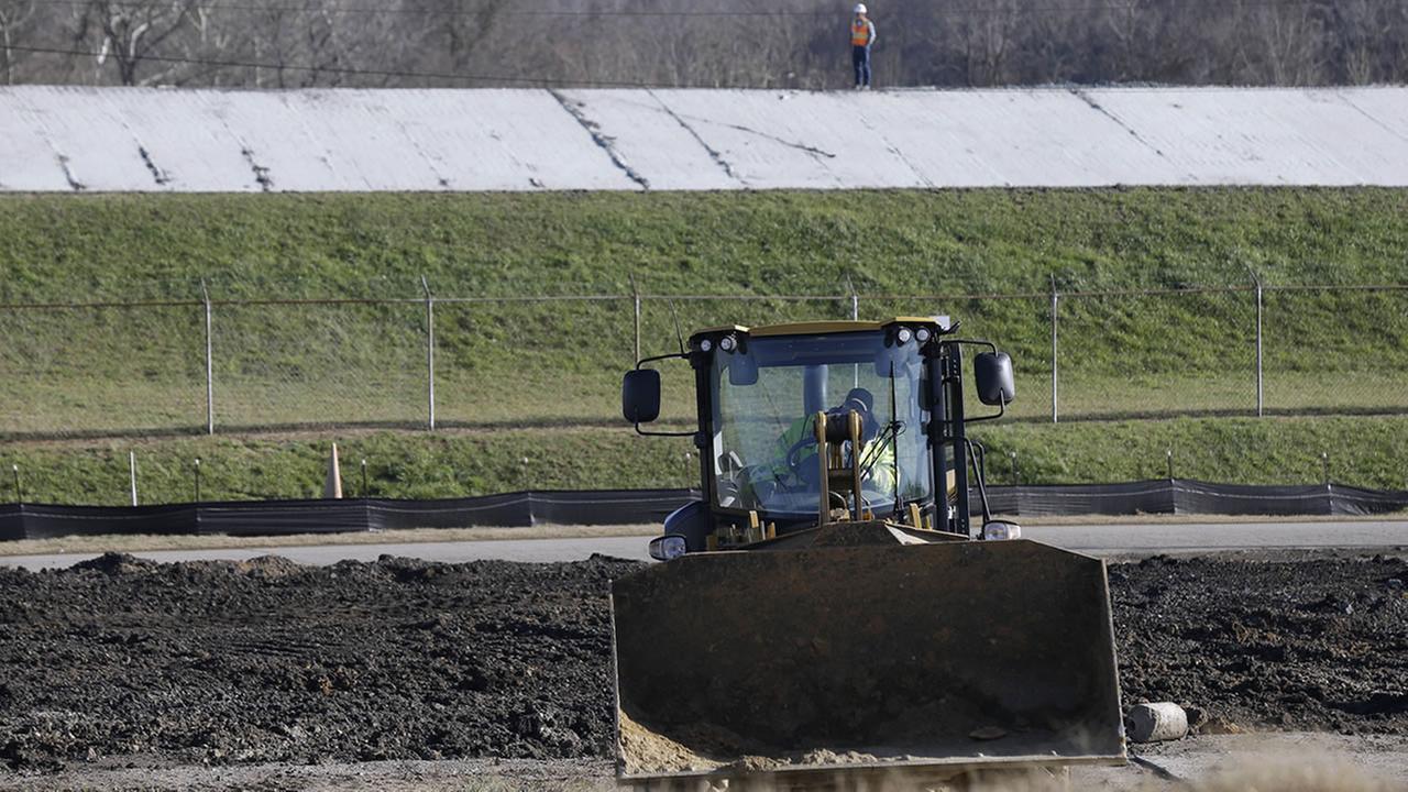 Regulators say duke must dig up coal ash ponds for now for Design of ash pond