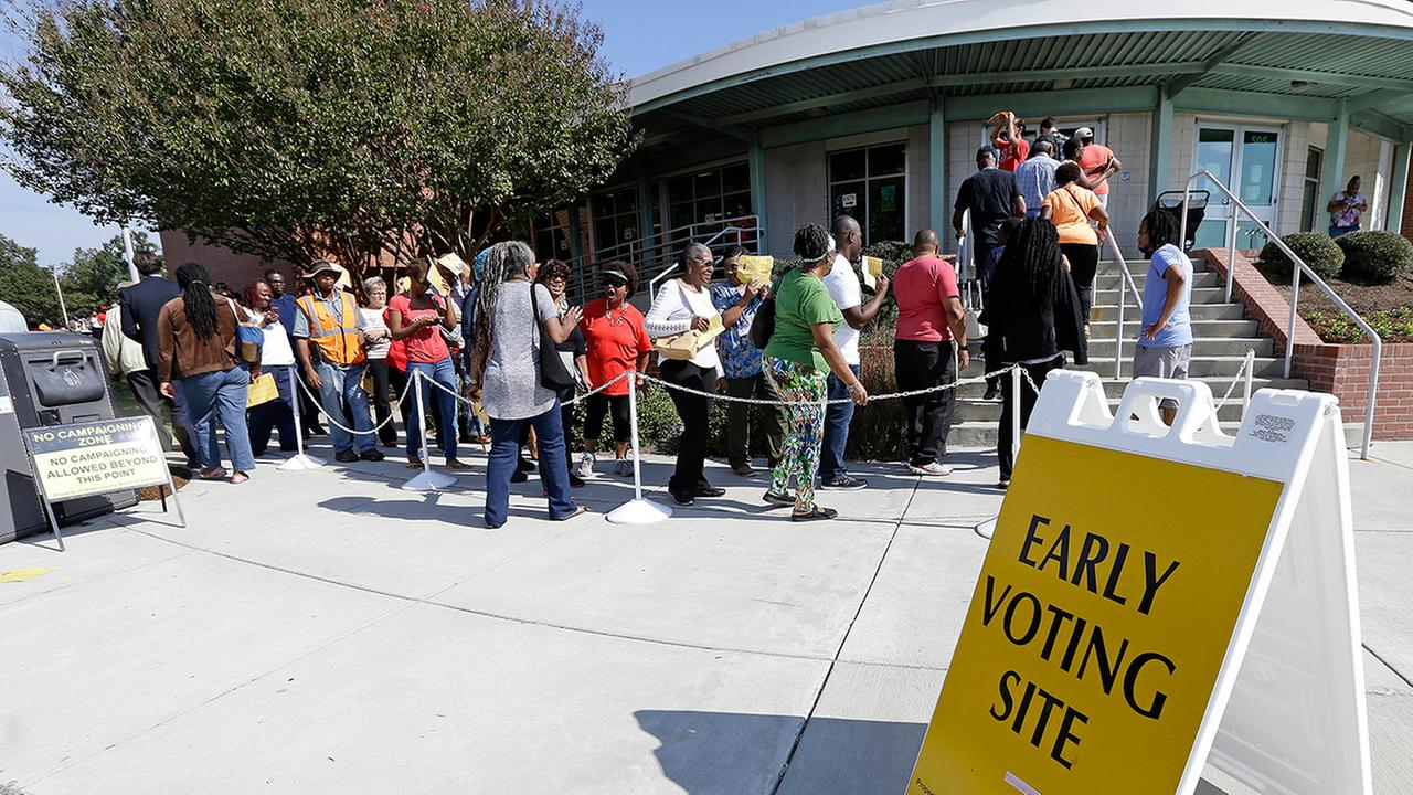 Volunteer poll-watchers in Nevada advised to abide by laws