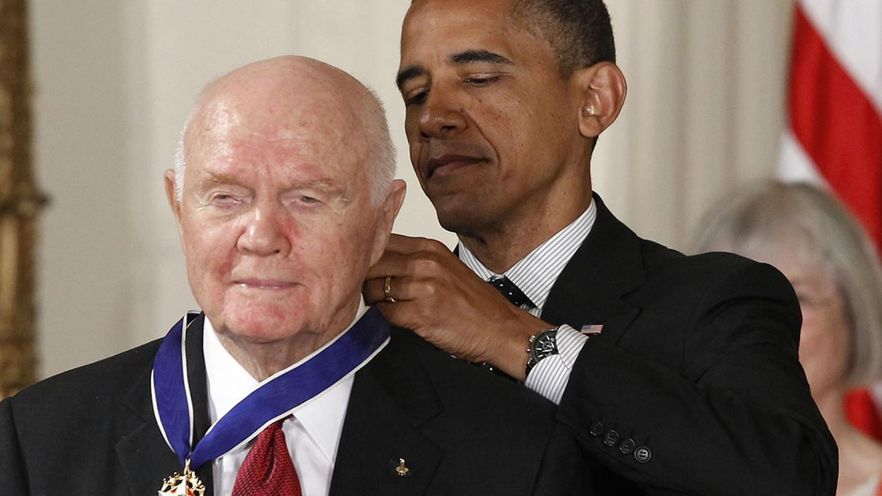 President Barack Obama awards the Medal of Freedom to astronaut John Glenn (AP Photo/Charles Dharapak)