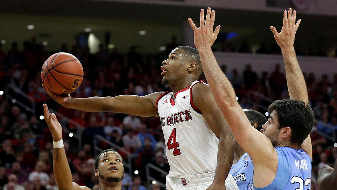 Dennis Smith scored 27 points in one of the few bright spots for the Wolfpack.