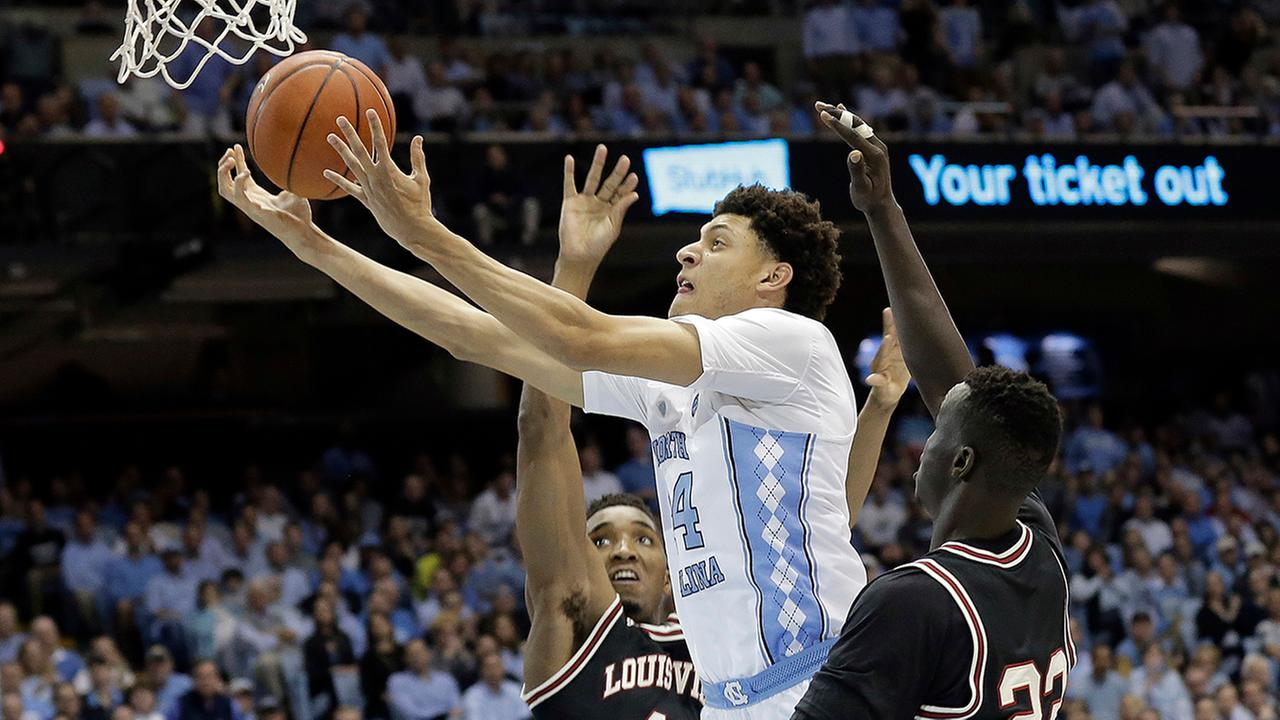 Justin Jacksons 21 points led the Tar Heels past Louisville.