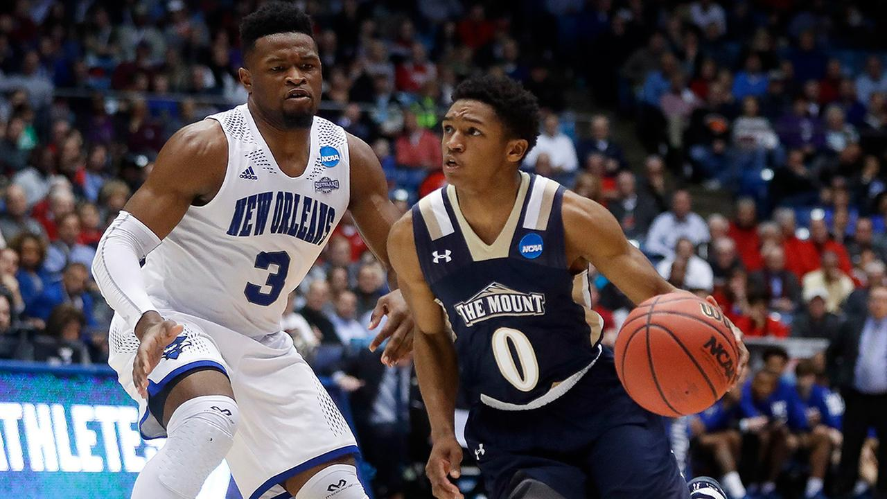 Mebanes own Junior Robinson led Mount St. Marys with 23 points in a win over New Orleans to open the 2017 NCAA tournament.
