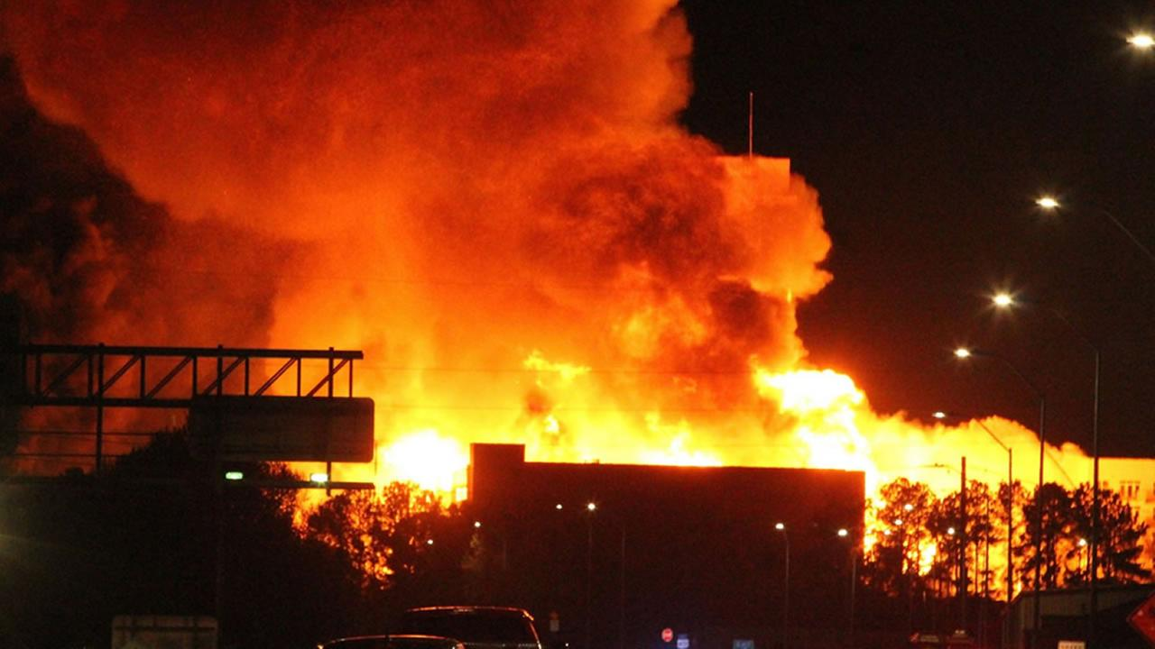 Downtown Raleigh fire (image courtesy Josh Paul)