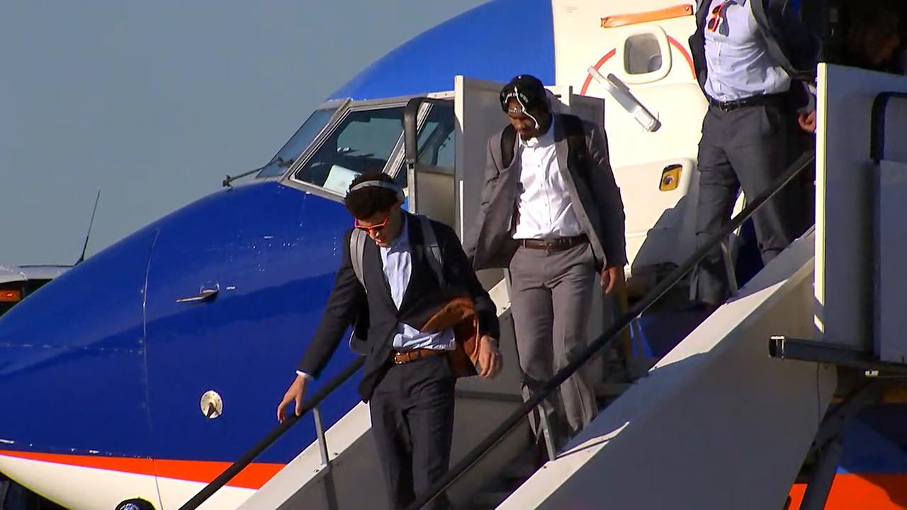 Justin Jackson deplanes at RDU.
