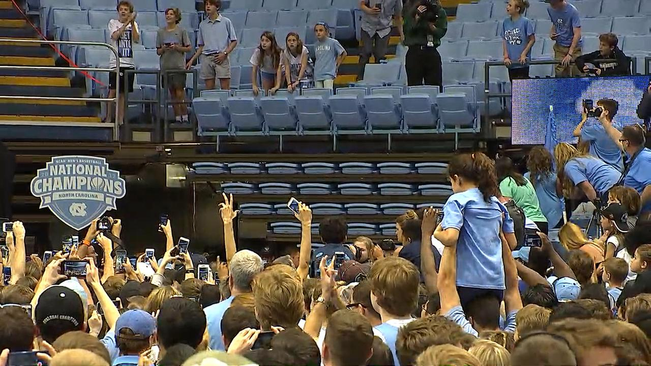 UNC fans await the teams arrival in the Dean Dome.