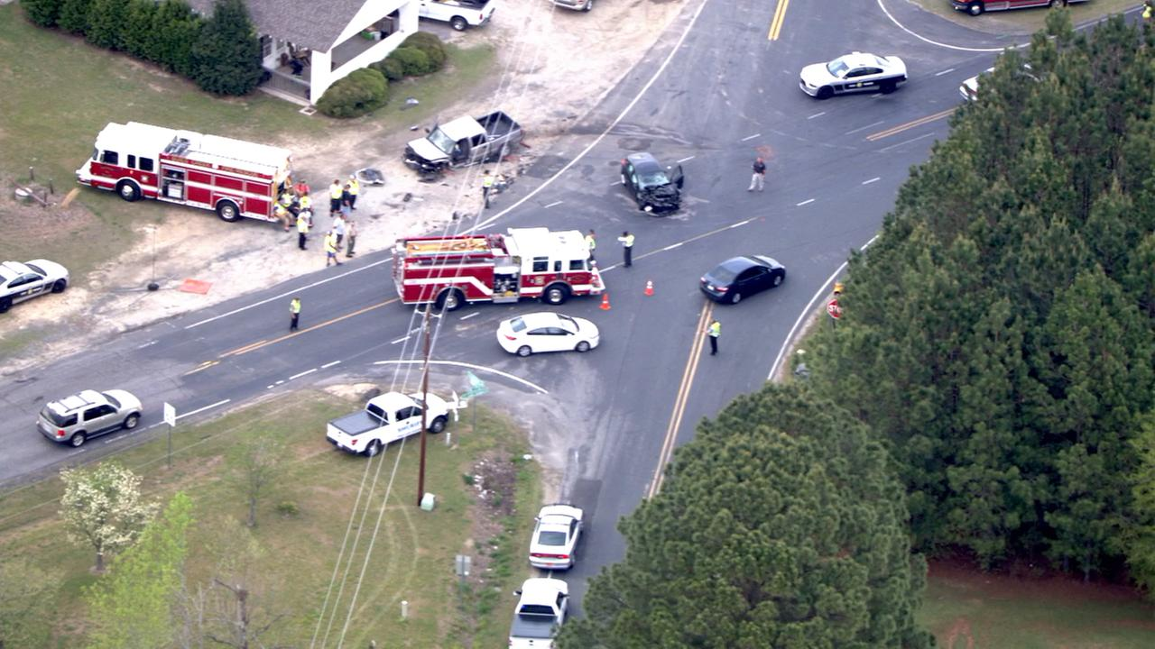 Chopper 11 HD was over this deadly crash in Harnett County on Wednesday.