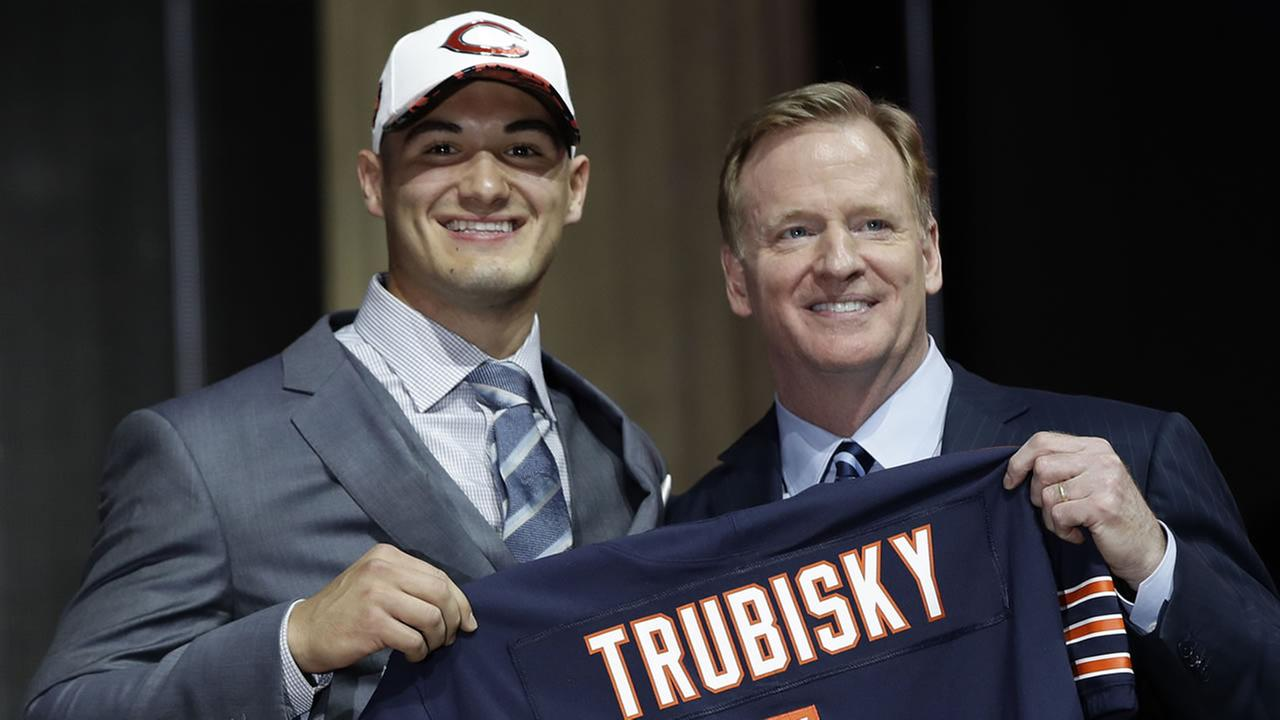 North Carolinas Mitch Trubisky, left, poses with NFL commissioner Roger Goodell after being selected by the Chicago Bears during the first round of the 2017 NFL football draft.