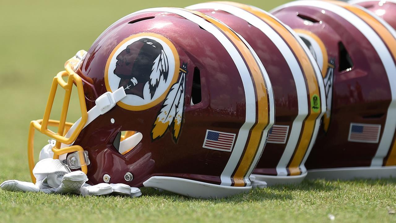 Washington Redskins football helmets (AP image\Nick Wass)