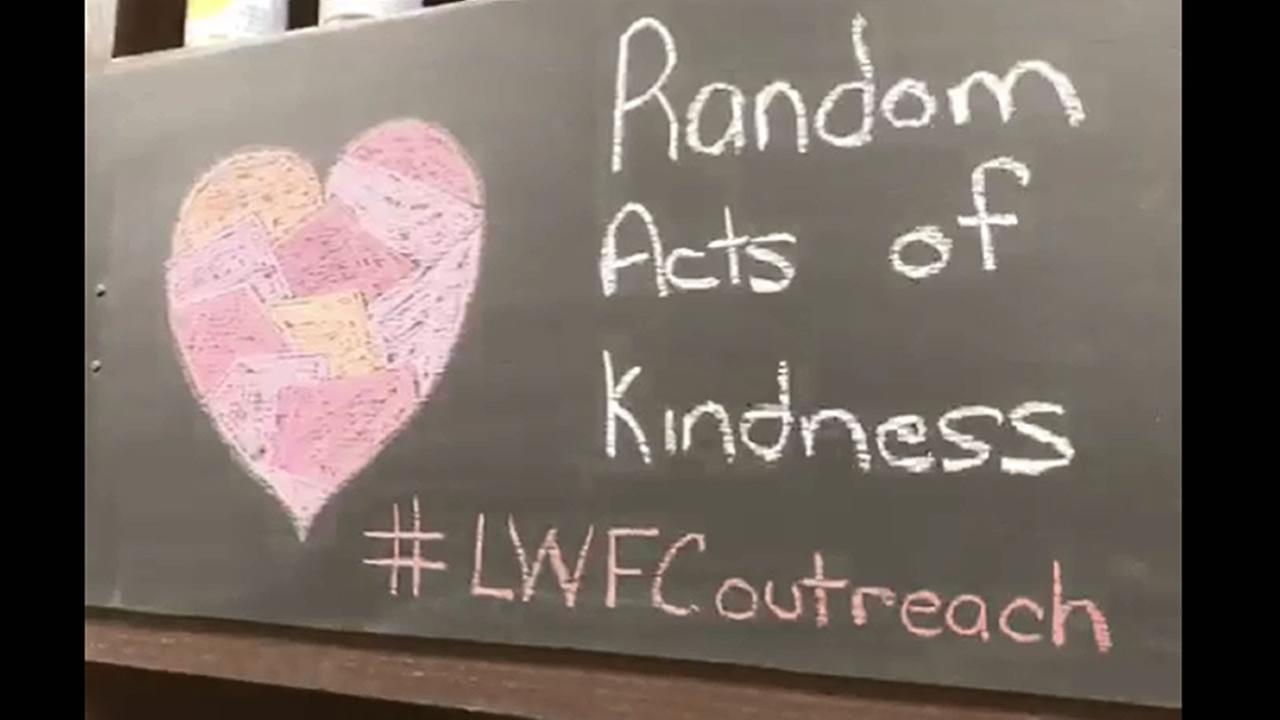 Wake Forest church spreads kindness through random acts
