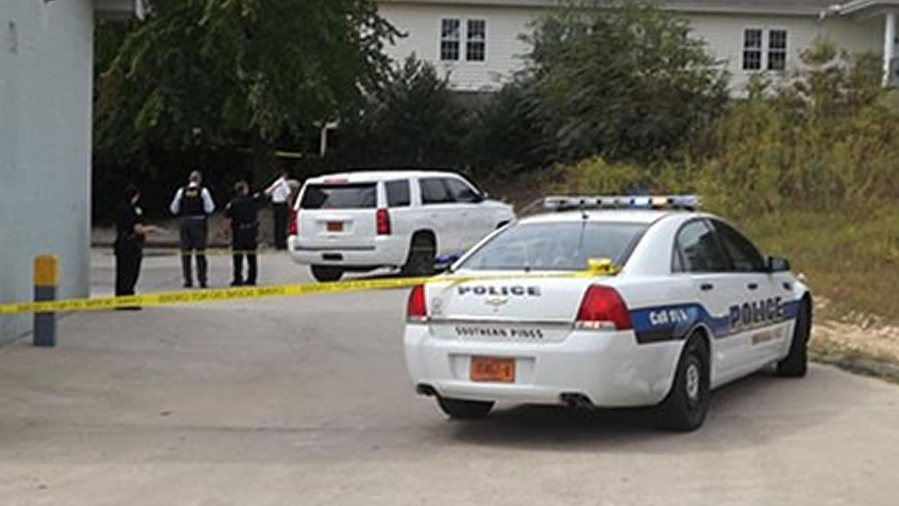 Police investigate (image courtesy Aberdeen Times)