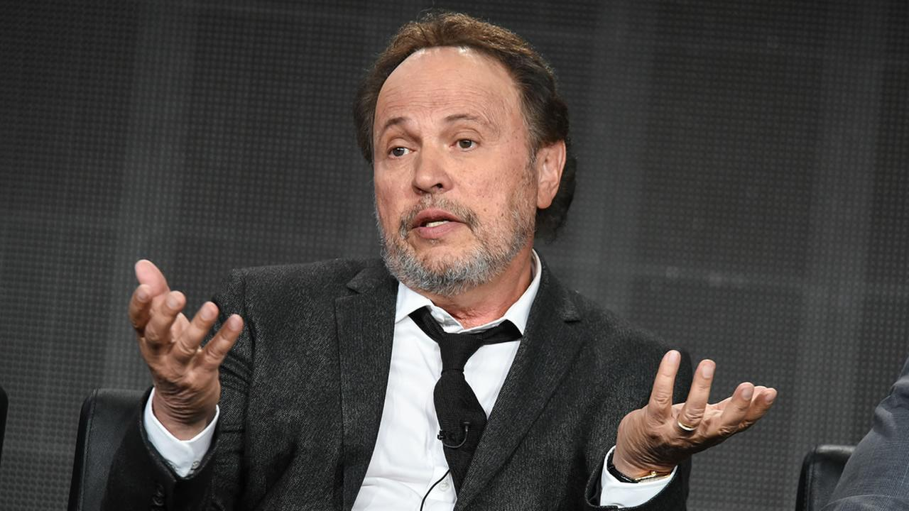 Billy Crystal (Photo by Richard Shotwell/Invision/AP)
