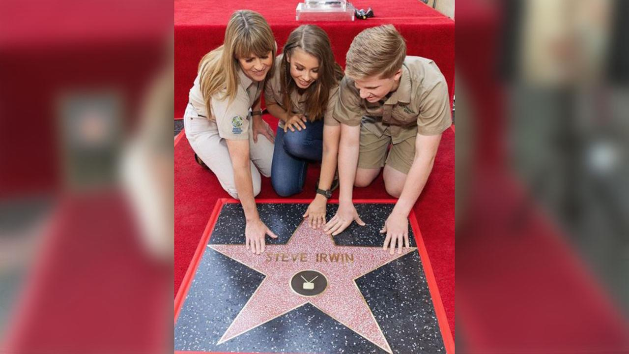 Steve Irwin, 'Crocodile Hunter,' receives posthumous star on Hollywood Walk of Fame