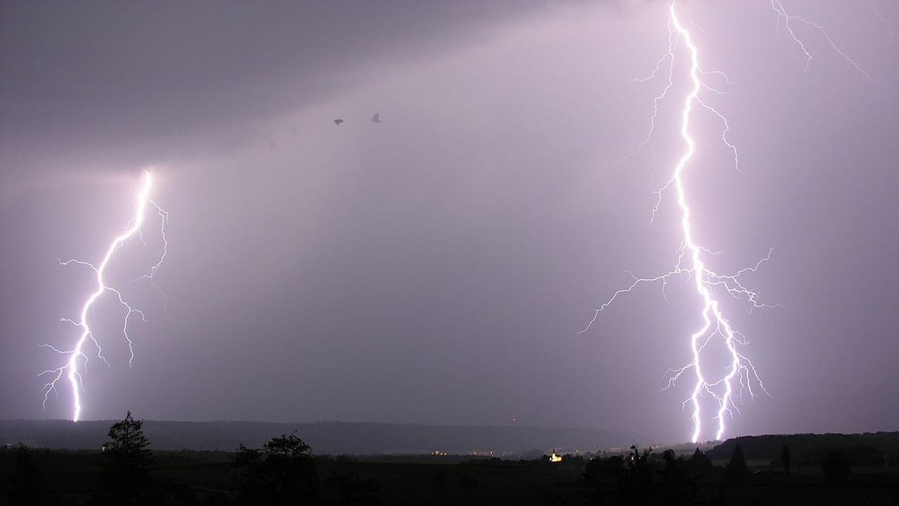 lightning generic