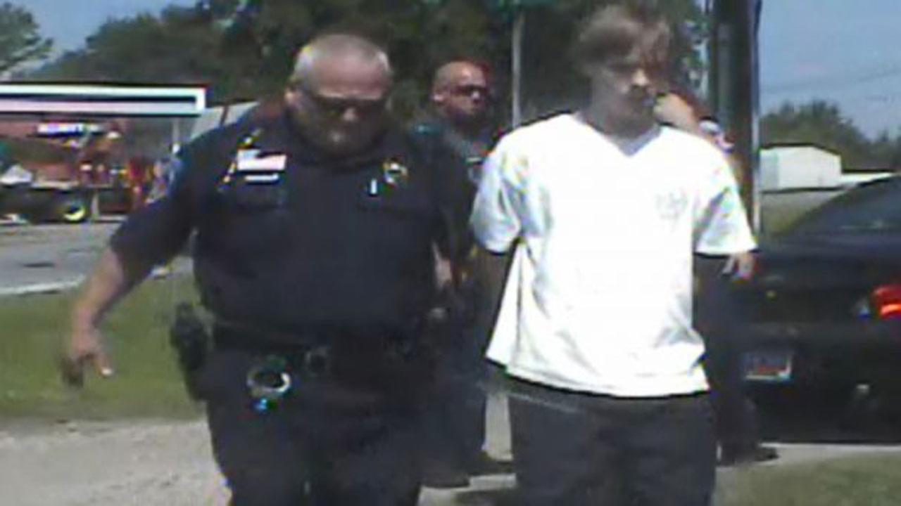 Dash cam video of Dylann Roofs arrest in Shelby, N.C.