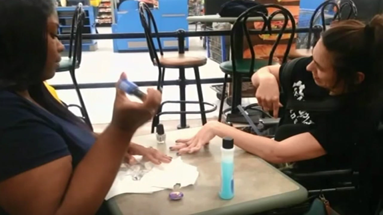 Walmart employee steps in when nail salon turns away woman with ...