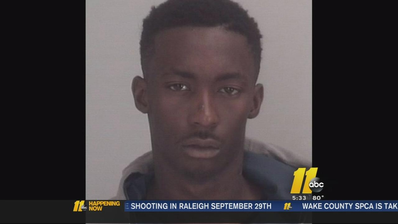 Man arrested in Chapel Hill break-ins