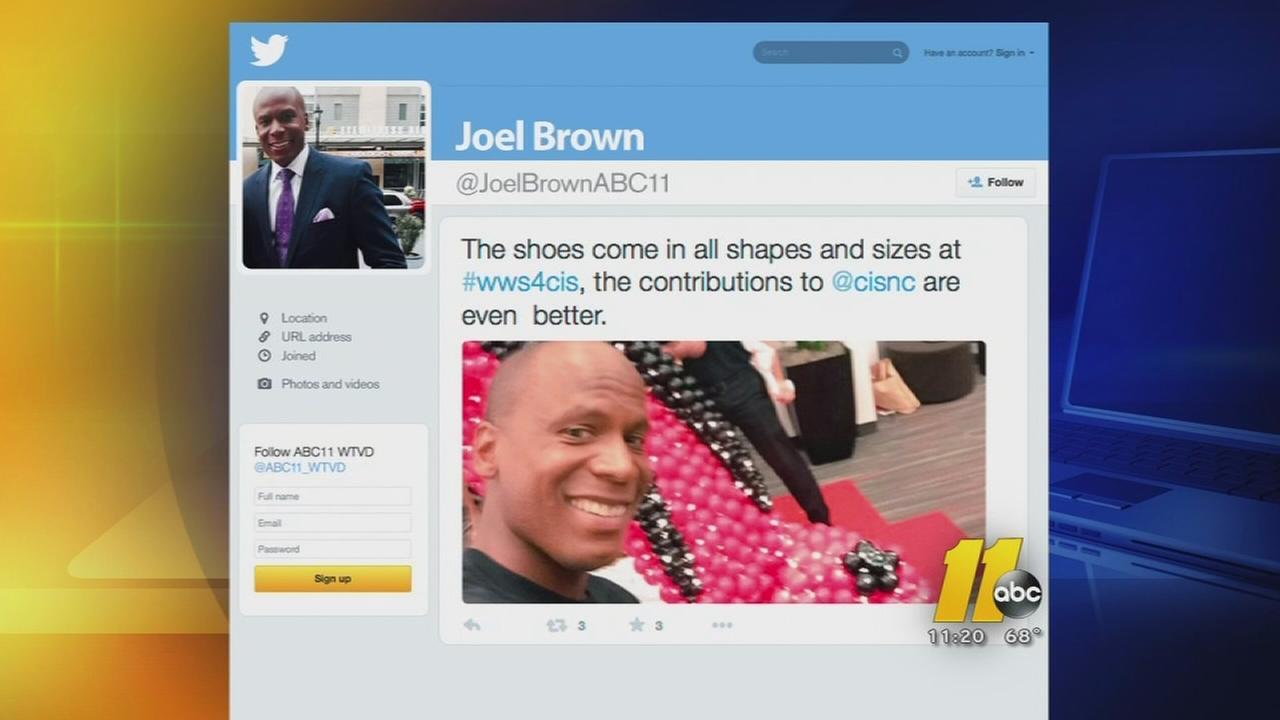 Joel Brown presents at fundraiser